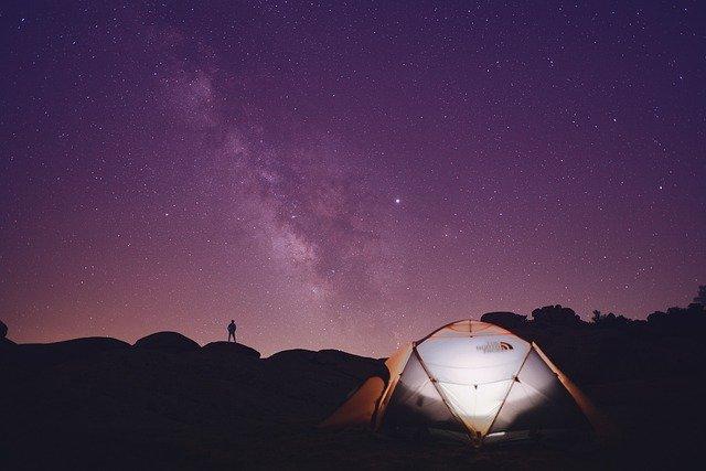 oprema-za-kampiranje-sator